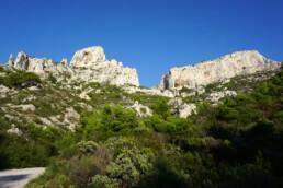 Blick auf die typischen weissen Felsformationen