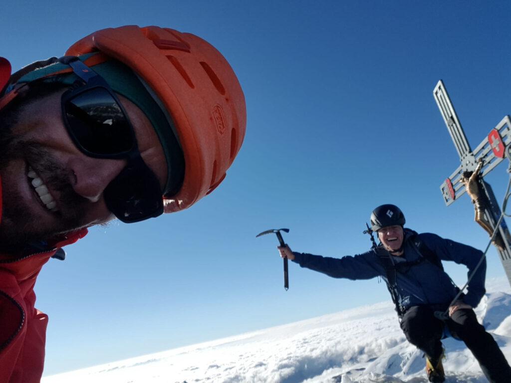 Gipfel Dom 4545